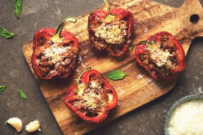 Vegetarian stuffed peppers recipe quorn us quorn meatless stuffed peppers forumfinder Images