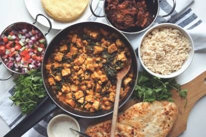 Chickpea and Spinach Curry with Quorn Vegan Pieces