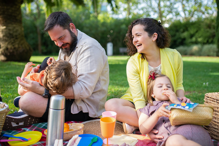 10 Tips For The Perfect Vegan Family Summer Picnic by Watching You Grow