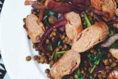 Quorn Sausages with Lentils & Balsamic Caramelised Red Onions