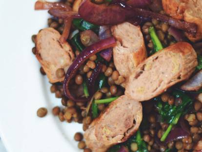 quorn sausages with lentils & balsamic caramelised red onions vegetarian recipe