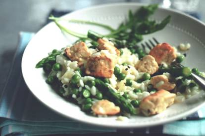 quorn pieces, asparagus and pea risotto vegetarian recipe