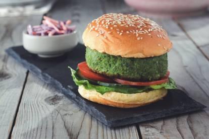 Cajun Burger with Quorn Pieces