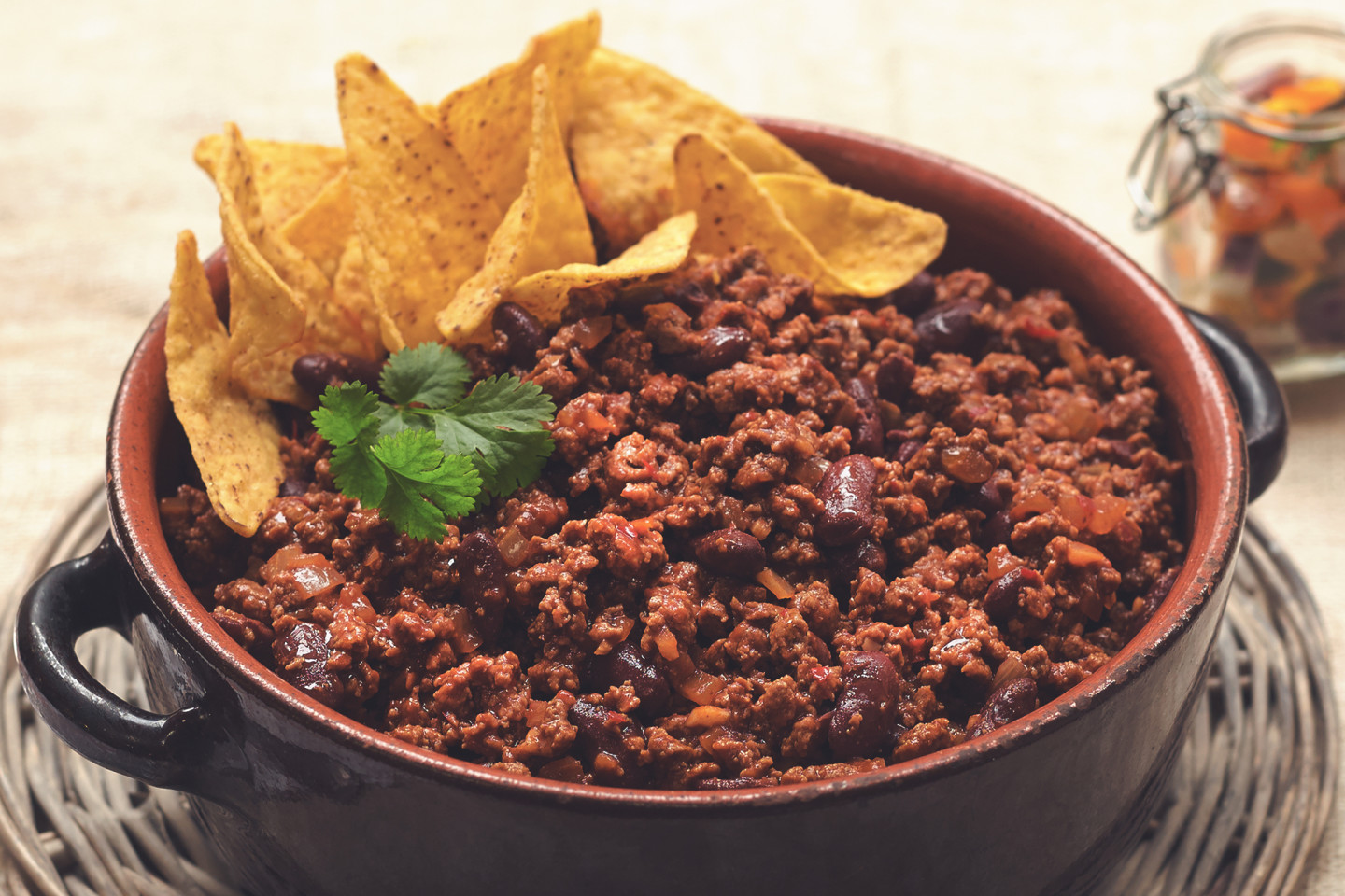 Slow cook a healthier chilli