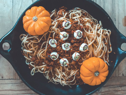 zombie eyes spaghetti with quorn mince vegetarian halloween recipe