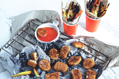 quorn vegan nuggets with homemade dip recipe