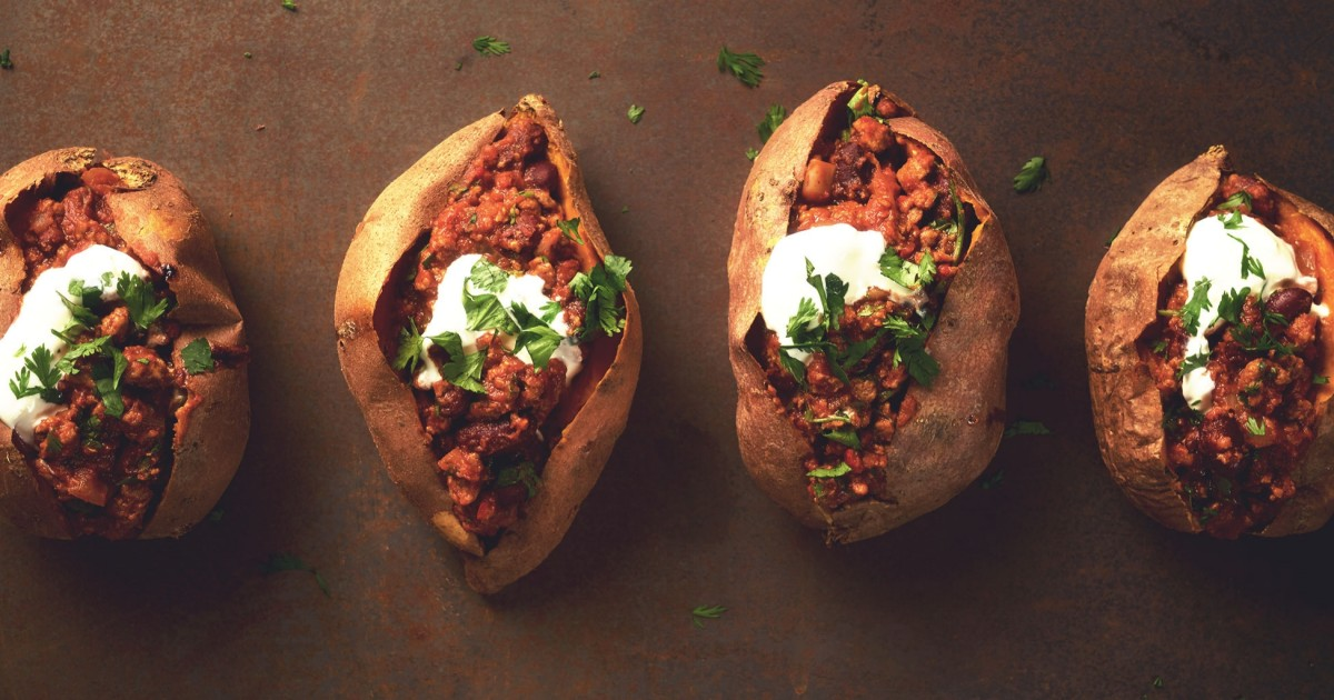 Quorn Chilli Con Carne >> Healthier Meat Free Chilli in Baked Sweet Potatoes Recipe | Quorn