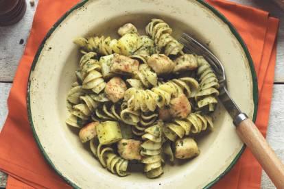 Fusilli Con Cubetti Quorn, Pesto E Patate