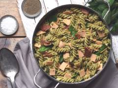 quorn vegan smoky ham, sundried tomato and avocado pesto pasta gluten free recipe
