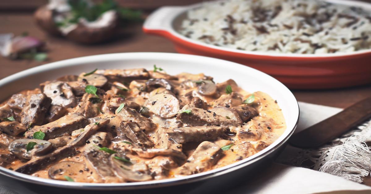 Vegetarian & Meat Free Steak & Mushroom Stroganoff Recipe ...