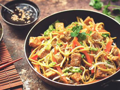 Quorn Vegan Chicken Chow Mein