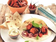 Quorn Meat Free Swedish Style Meatballs & Tomato Wrap