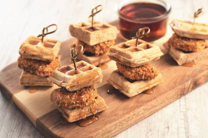 Mini Waffle & Crunchy Tex Mex Nuggets Sliders