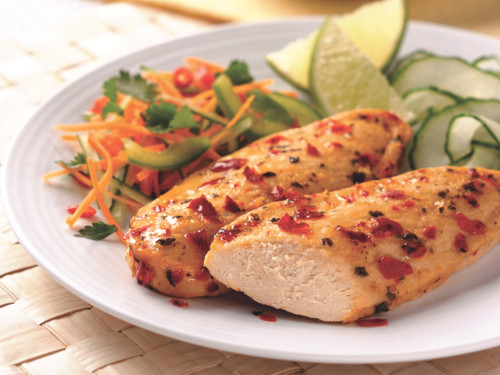 Thai Glazed Quorn Meatless Chicken with Steamed Vegetables