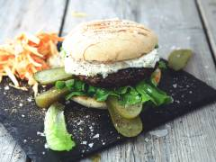 Nickes Backyard Burger - Vegetarisk (lakto ovo) hamburgare med Quorn