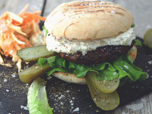 Nickes Backyard Burger - Vegetarisk (lakto ovo) hamburgare med Quorn - recept