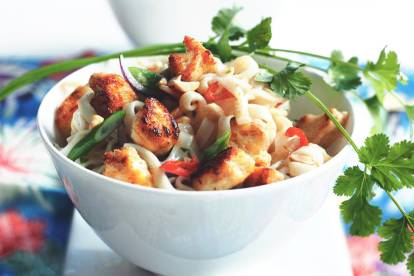 Quorn Meat Free Pieces Pad Thai