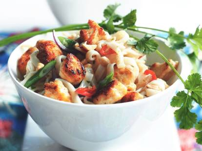 pad thai with quorn pieces vegetarian recipe