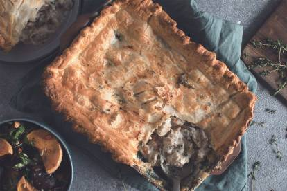 creamy fennel, mushroom and camembert pot pie with quorn fillets vegetarian recipe