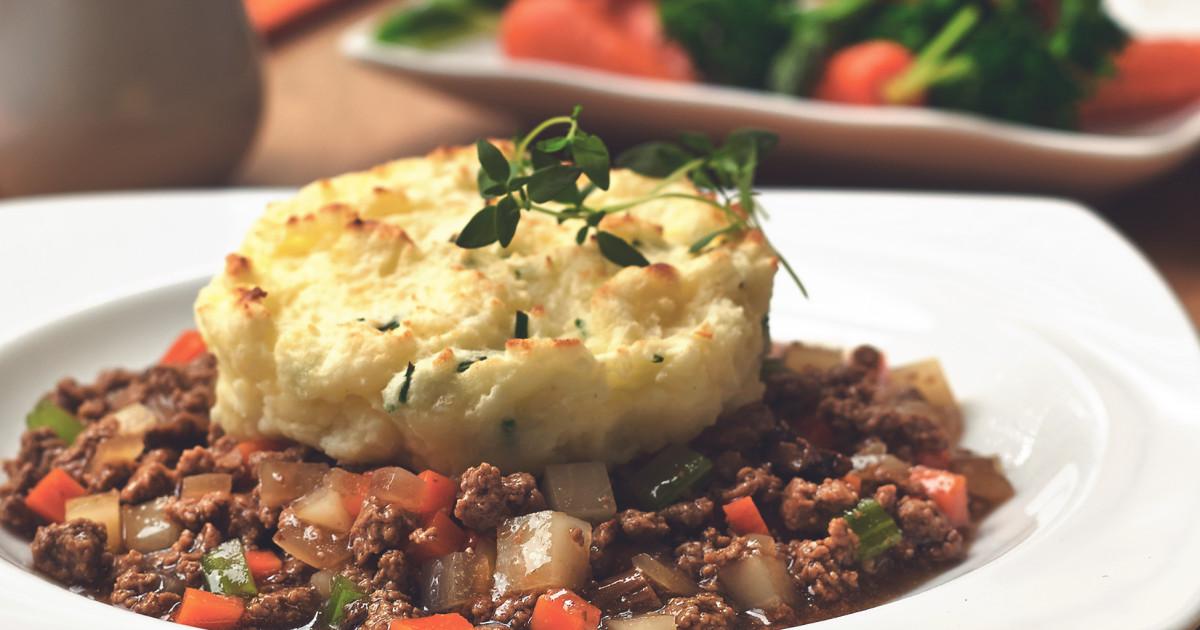 Easy vegetarian shepherds pie recipe quorn us forumfinder Images