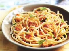 Lemon and Chilli Linguine with Quorn Meat Free Pieces