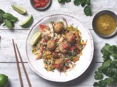 quorn aromatic thai bites shredded salad healthy vegetarian recipe