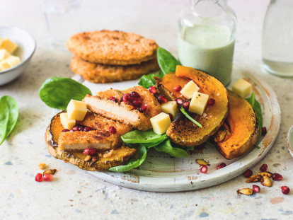 Vegan Salad with Roasted Pumpkin and Quorn Hot & Spicy Burgers