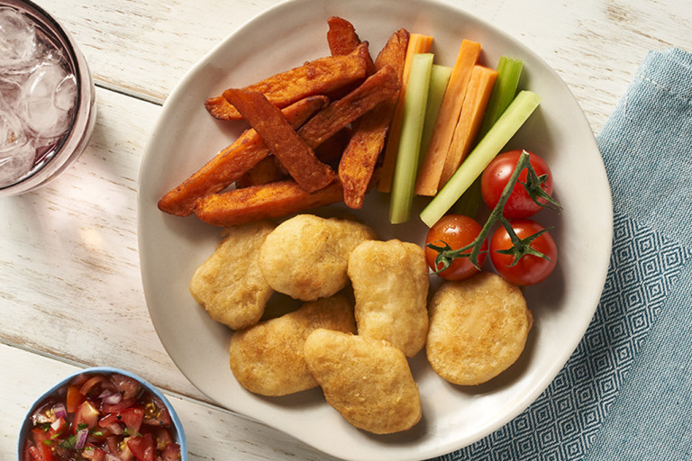 Kebab style meat free Quorn nuggets served in a pitta with salad and topped with salsa.