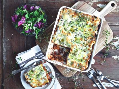 quick & easy one pot lasagne vegetarian recipe