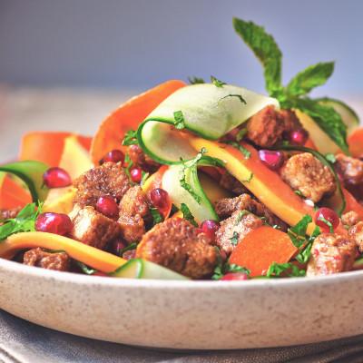 Quorn Vegan Pieces Papaya Salad with Apple Balsamic