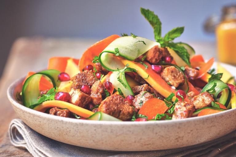 quorn vegan pieces papaya salad with apple balsamic healthy recipe