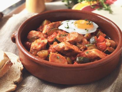 Vegetarischer Bratwürstchen-Eintopf mit Manchego