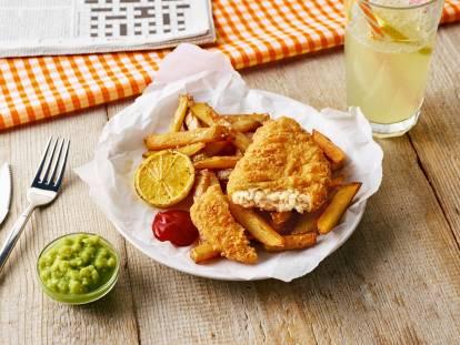Quorn vegan 'fish & chips' with aioli sauce