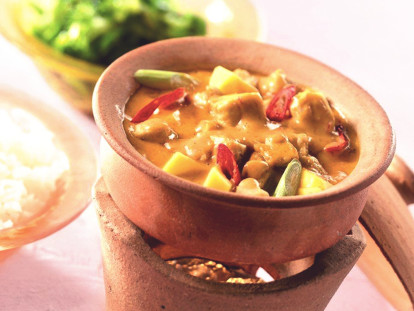 Quorn Meatless Thai Red Curry with Mango