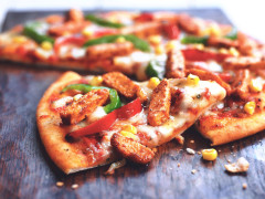 Mexican Pizza with Quorn Pieces