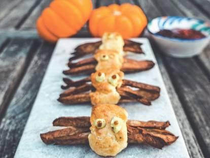 quorn spider sausage rolls vegetarian halloween recipe