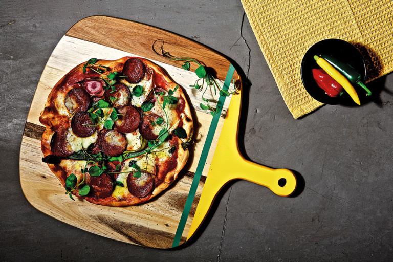 Vegansk, pizza, vegansk pepperoni, rödbetor, quorn.