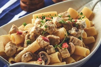 Quorn Meat-Free Pasta Alfredo
