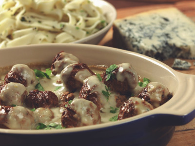 Quorn Meat Free Swedish Style Meatballs in Blue Cheese Sauce