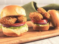 2 Quorn Vegan Tex Mex Nuggets mini burgers with one served open