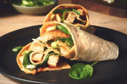 Quorn Chicken Slices Sweet Chilli Wraps