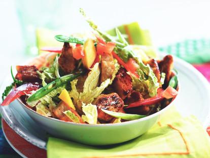 Recept voor Oosterse Salade met Mango en ThaiseCurrysaus