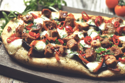 Easy Firecracker Flatbread Pizza