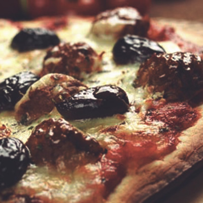 Quorn Meat Free Swedish Style Meatballs Pizza