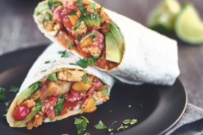 Wraps mit Mango-Salsa und Quorn Vegetarischem Geschnetzelten