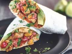 Cubetti Quorn vegetariani e fajita con salsa di mango