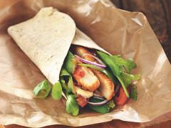 Wraps mit Quorn Vegetarischen Chicken-Style Burgern und Pfeffermayo