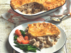 Quorn Gluten Free Meat Free Pieces and Mushroom Pie