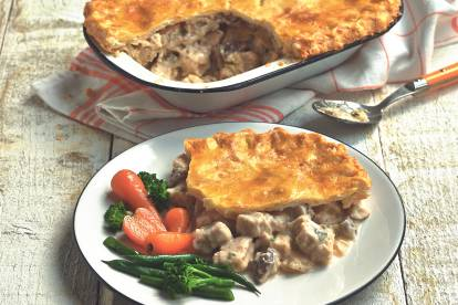 Gluten Free Mushroom Pie Recipe with Quorn Pieces