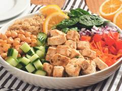 Quorn Meatless Pieces & Quinoa Power Bowl